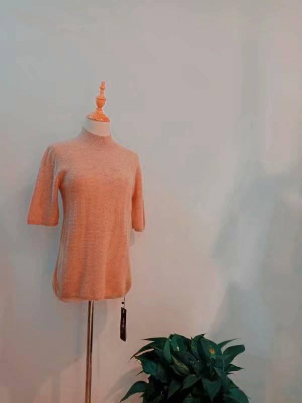 阿莱贝琳19耗牛绒冬装品牌折扣加盟尾货女装库存走份批发价格表品牌专柜***