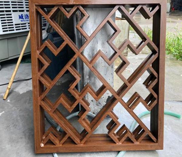 上海复古木纹铝窗花厂家直销 阳台铝合金防护网