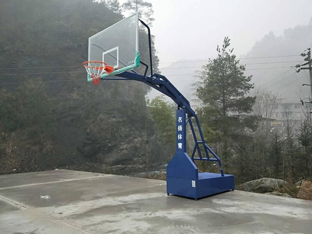 资源移动篮球架安装现在实录