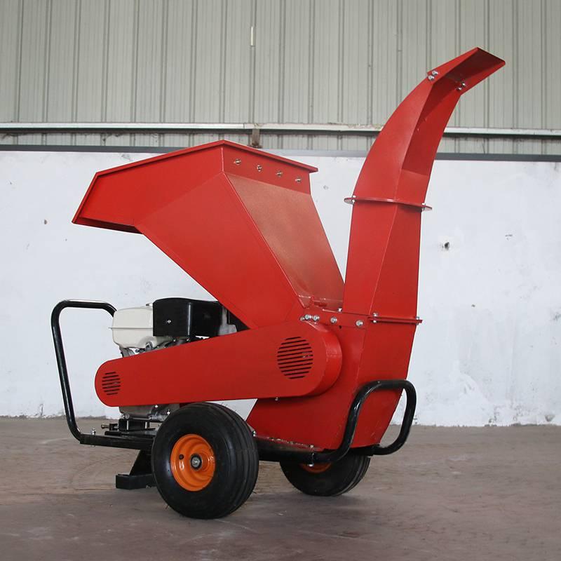 无污染拖拉机带果园碎枝机树枝粉碎机型号齐全
