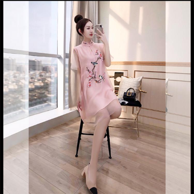 中国风改良复古旗袍连衣裙 广州锦东批发商圈 品牌折扣女装批发