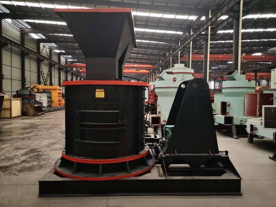 板锤制砂机移动站生产线视频