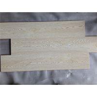 668白色真木纹强化磨压木地板仿实木防水封蜡强化地板高跟鞋耐踩