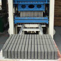供应小型水泥砌块砖机_【株洲小型水泥砌块砖机】_裕工机械(图)