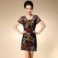 厂家直销夏季中老年高端女装立体刺绣中年气质妈妈装蕾丝连衣裙