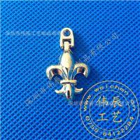 供应手机吊饰、钥匙扣、徽章定做、价格便宜、款式新颖金属吊坠