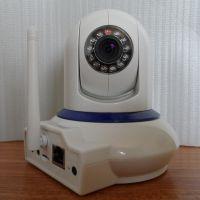 百万高清 无线WIFI摄像机器人 夜视家用插卡摄像头