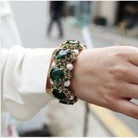 韩国进口个性时尚款 祖母绿宝石镶嵌珍珠手镯