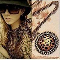 厂家供应 销售欧美外贸饰品豹纹 镂空雕花 项链 毛衣链 混批
