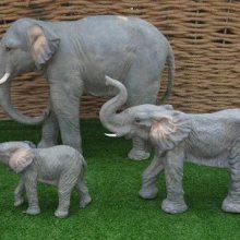玻璃钢卡通大象 树脂卡通动物雕塑 商业街玻璃钢彩绘大象摆件