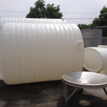 北海塑料水箱 广西5吨塑料水塔加厚 圆柱平底抗老化塑料水箱