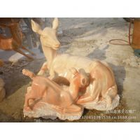 曲阳博文雕塑 石雕样品展示 晚霞红材质小鹿群鹿雕刻