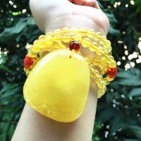 天然*** 乌克兰纯天然鸡油黄蜜蜡随形琥珀吊坠 配天然6mm金蛟蜜项链