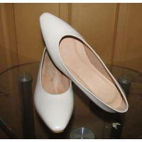 高端定制时尚真皮大底高档女皮鞋