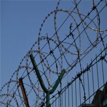 高速公路防护网 仓库隔离栏 隔离栅