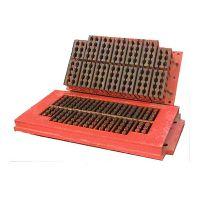 山东宏发砖机 八孔空心砖模具 山东宏发开发生产的八孔空心砖模具,采用优质合金钢制造。