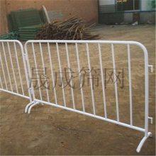珠海移动护栏 茂名不锈钢栅栏 施工铁马护栏库存现货 清远围栏网
