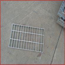 踏步钢格栅板 楼梯钢格栅板 插接踏步板生产厂家