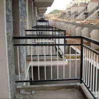 扬州江都小区阳台护栏 锌钢空调栏杆定做厂家批发价格