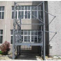 室外安装2吨货物提升机多少钱 二层链条式升降货梯 可提供原厂油缸泵站