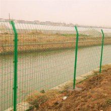滁州高速公路双边丝护栏网有哪些规格浸塑护栏网厂家是哪里圈地围栏网片