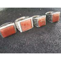 天然桂林鸡血玉男款霸气方形戒指扳指环玉石镶嵌戒指