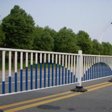 市政护栏厂家 临时移动交通护栏 道路隔离栏