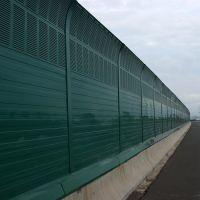 高速公路隔音墙 隔声屏障规格 工厂小区彩钢消声屏障