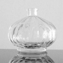 供应宏华玻璃瓶香水瓶汽车香水瓶汽车香薰瓶香薰瓶