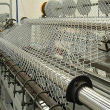 现货供应 勾花护栏网 体育场护栏网 绿色铁丝网