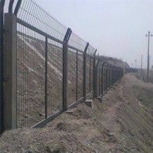 现货护栏网厂家 道路护栏网规格 折弯围网多少钱