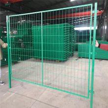 绿色围栏网厂家 道路围栏网 城市道路护栏厂家