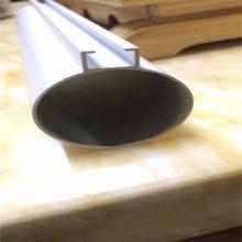 广东欧百建材提供特殊口径120mm铝圆管吊顶装饰材料