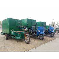 牛槽填料撒料车 环保型牛羊喂料机 大容量撒料车
