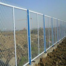 岗巴县带刺的铁丝网-工厂隔离网多少钱一米-厂矿护栏网