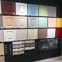 斜板展示架 双面冲孔方孔板 瓷砖材料展厅展板厂家