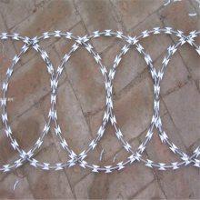 刺绳铁丝护栏 平面型刀片刺网 带刺铁线