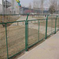 养鸡绿色护栏网 道路安全围栏 山地钢丝防护围网