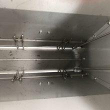 山东硕利现代化养猪不锈钢双面料槽全自动猪食槽节约饲料又省心省力养猪设备