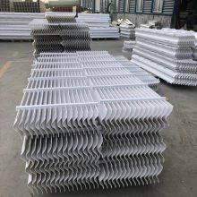 除雾器常用的板片结构形式有几种_河北恒冷塑料