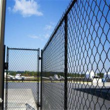 训练场地围墙网 综合场地围墙网 训练场护栏网厂家