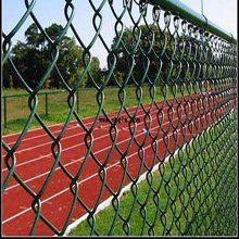 球场围网A镀锌勾花防护栏A勾花围栏网规格