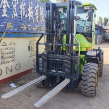 3吨越野叉车参数图片 内燃叉车不同型号价格报表