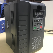 水泵专用15KW光伏逆变器 粤兴YX-15KW光伏扬水逆变器厂家