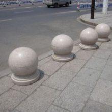 芝麻灰圆球加工厂 建栋石材 五莲灰圆球供货商 五莲花圆球多少钱