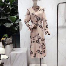 广州品牌折扣女装批发 时尚潮流韩版大码女装 宽松真丝连衣裙