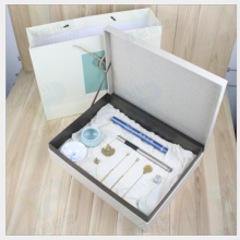 深圳厂家定做***天地盖礼品盒定制,化妆品精品盒精装盒定制
