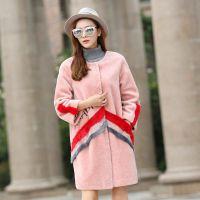广西羊剪绒女装折扣品牌货源服装库存折扣批发多种款式多种风格