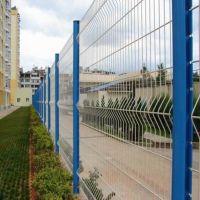 朋英 生产供应 三角折弯护栏网 铁路封闭网 开发区隔离网 浸塑