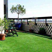 哪里有幼儿园游乐绿色地毯 株洲人造假草坪造价 户外围挡仿真草坪批发
